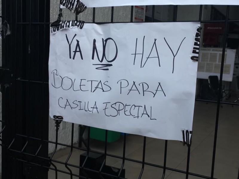 Protestan en casilla especial de las Águilas