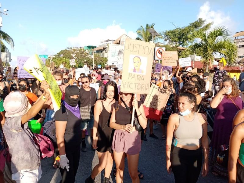 Protesta feminista en Quintana Roo y CDMX; Exigen justicia