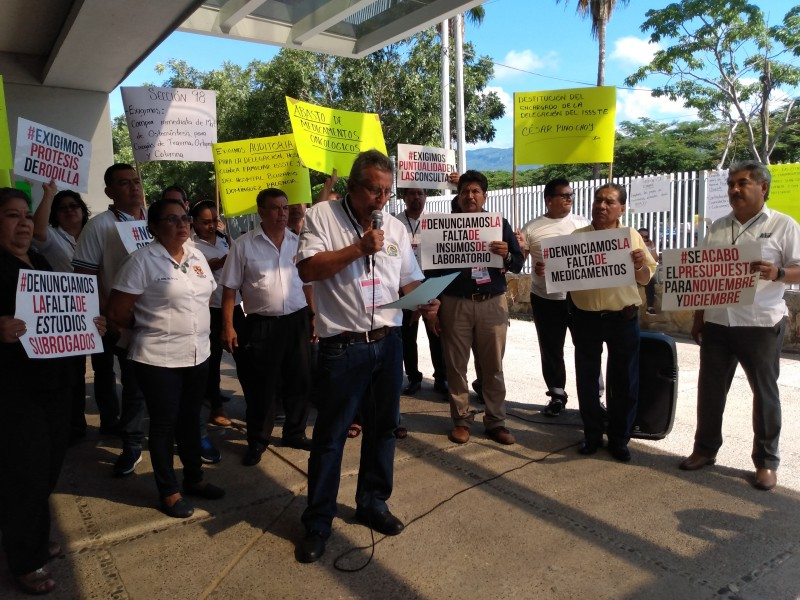 Protestan gestionadores del ISSSTE se acabó presupuesto 2019