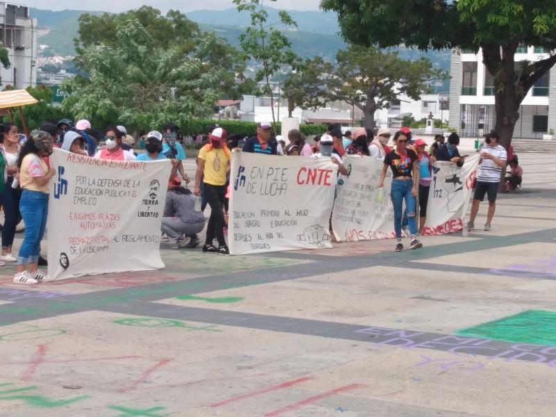Protestan normalistas en Chiapas