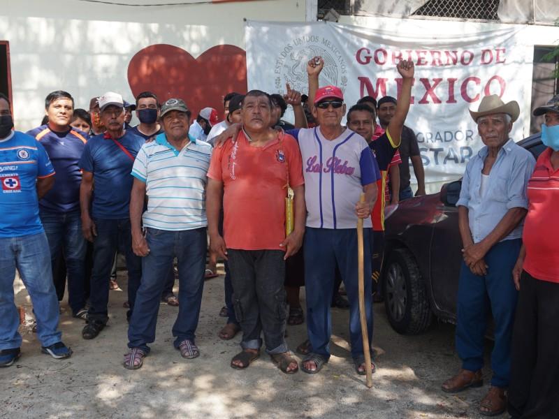 Protestan pescadores en las oficinas de Bienestar en Juchitán
