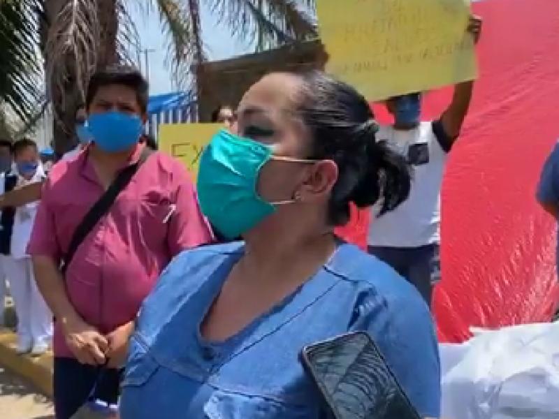 Protestan por contagios de COVID-19 trabajadores de Hospital Gómez Maza
