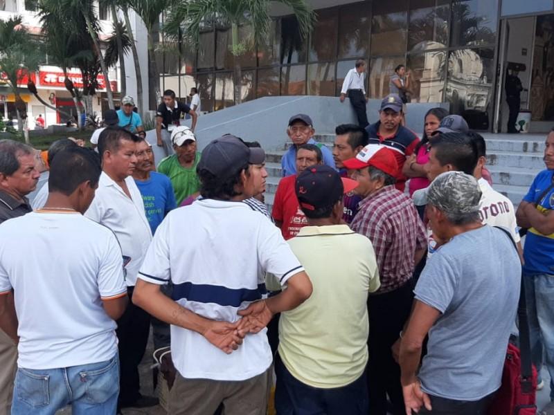 Protestan recolectores, por clausura de centro de transbordo