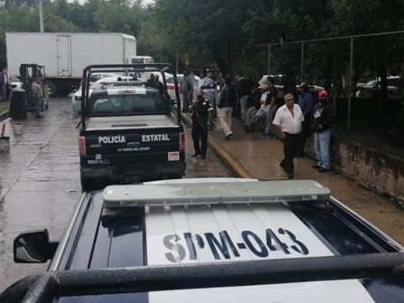 Protestan taxistas contra FGJEM en Tenancingo