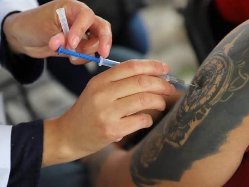 Próxima semana Zamora iniciará vacunación antiCOVID a mayores de 30