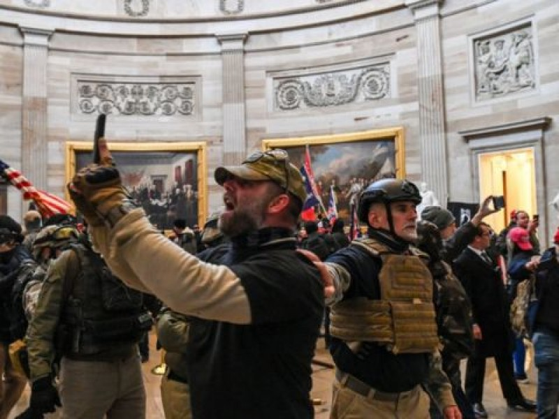 Pruebas del asalto al Capitolio posiblemente apoyen cargos de sedición