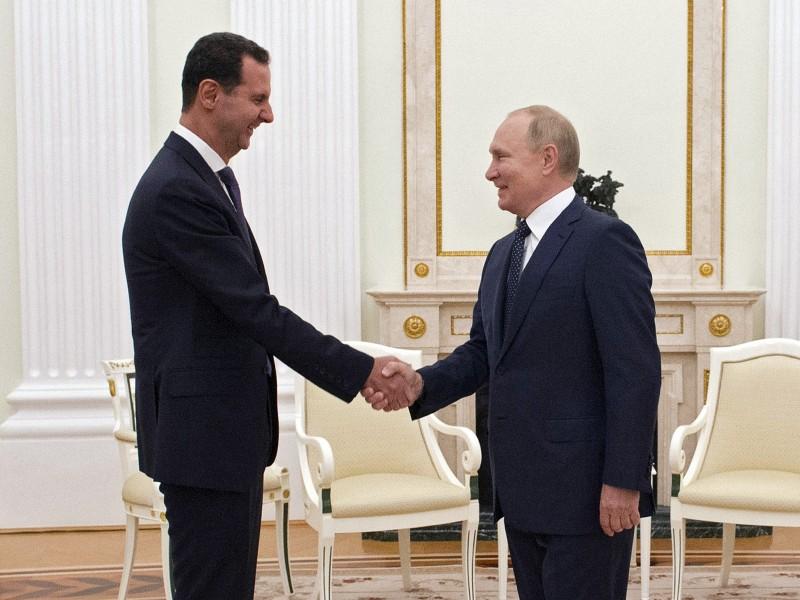Putin aislado por contagios de Covid-19 en su entorno