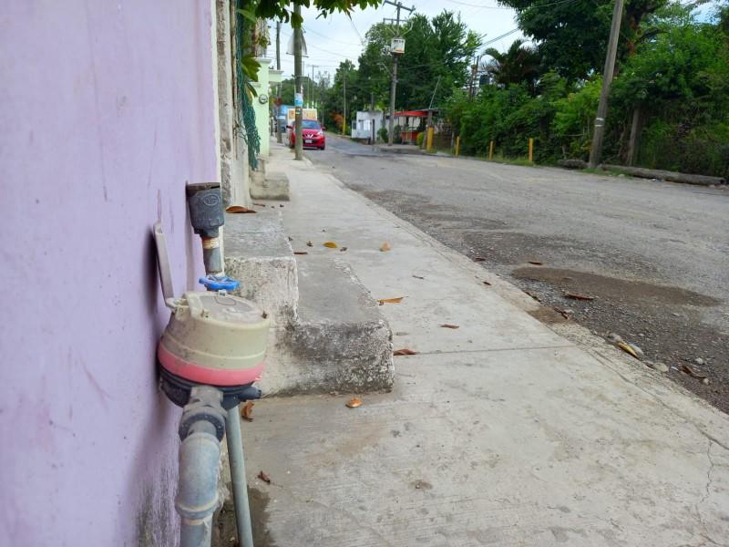 Quejas por fallas en suministro de agua