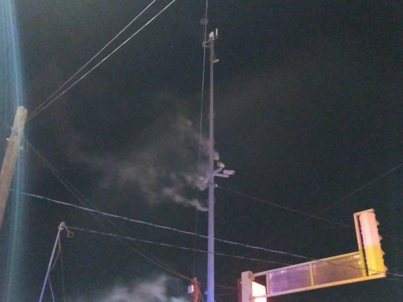 Queman 4 postes de cámaras del C5I