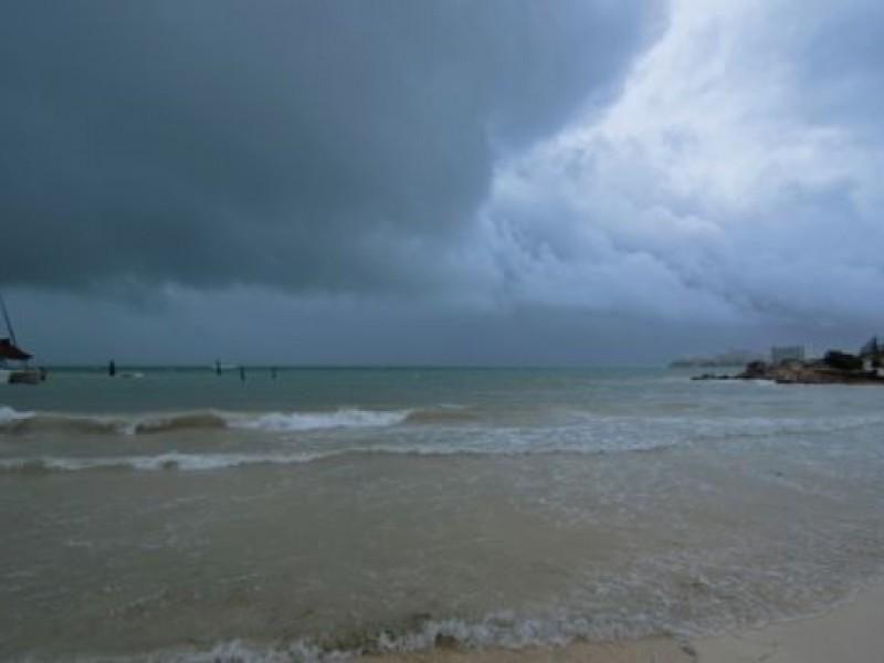 Quintana Roo, en alerta ante avance de huracán
