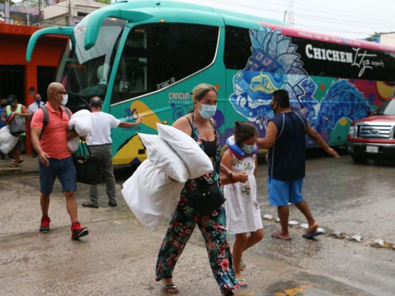 Reanudan actividades y levantan ley seca en Quintana Roo