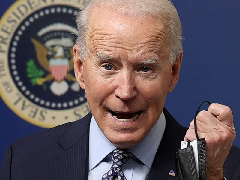 Quitar uso obligatorio de cubrebocas es neandertal: Joe Biden