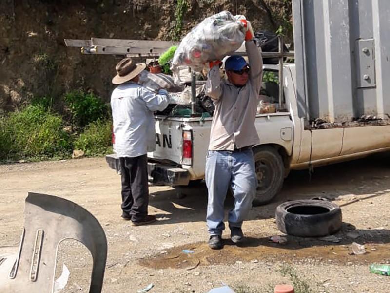 Trabajan en Jalpan para eliminar del Mosquito Transmisor del Dengue