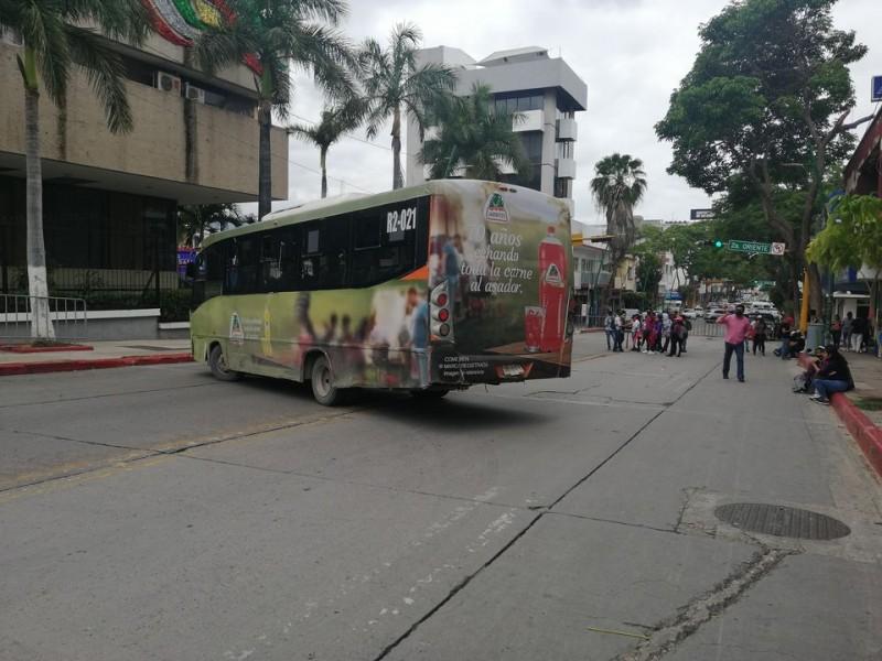 Radicalizan protestas maestros de educación indígena en Tuxtla Gutiérrez