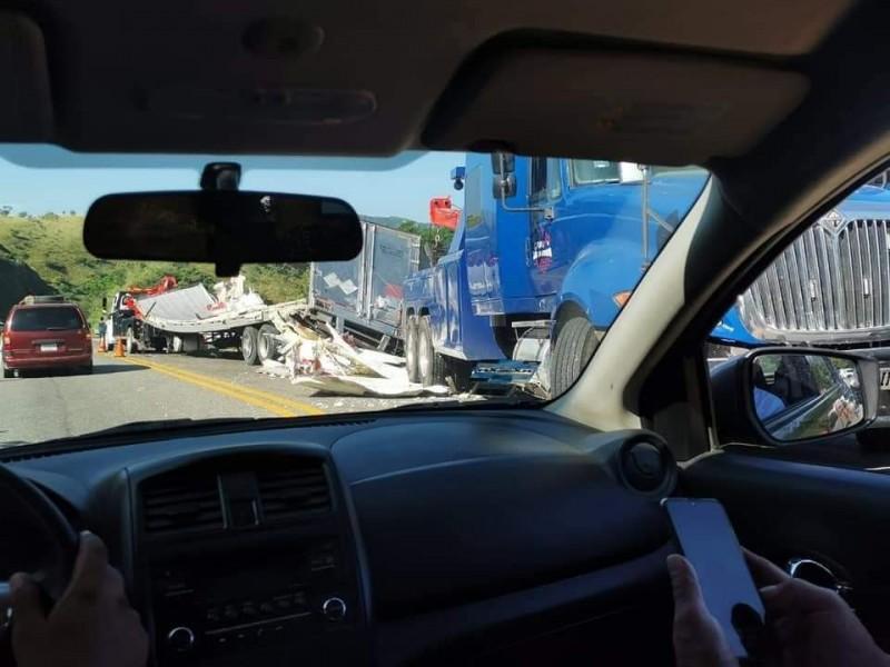 Rapiña a trailer que transporta salchichas
