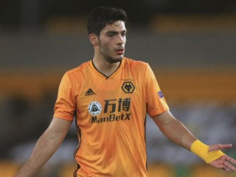 Raúl Jiménez falla penal y eliminan al Wolverhampton