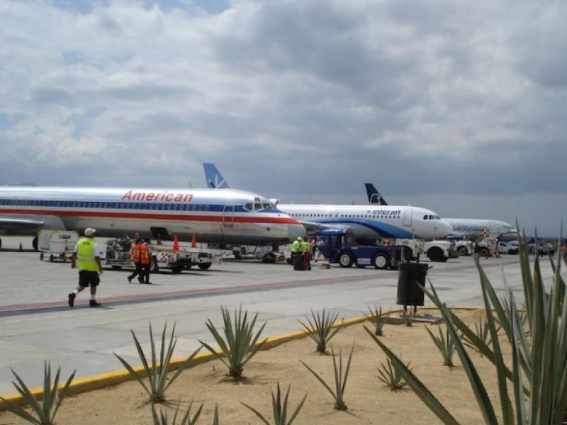 Rayo impacta avión de Aeromexico en La Paz
