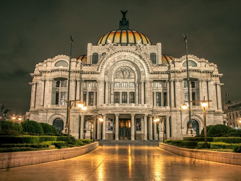 Reabre sala principal del Palacio de Bellas Artes