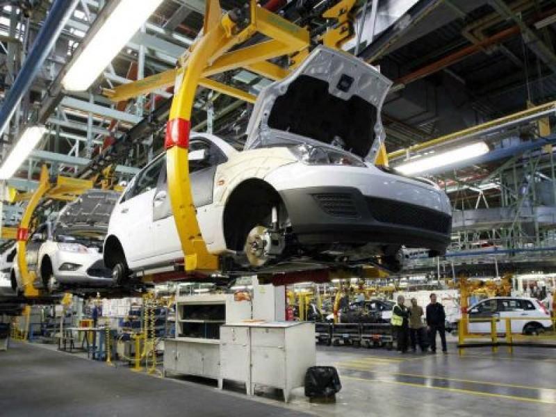 Reactivación del sector automotriz fue una decisión tardía: Eduardo Solís