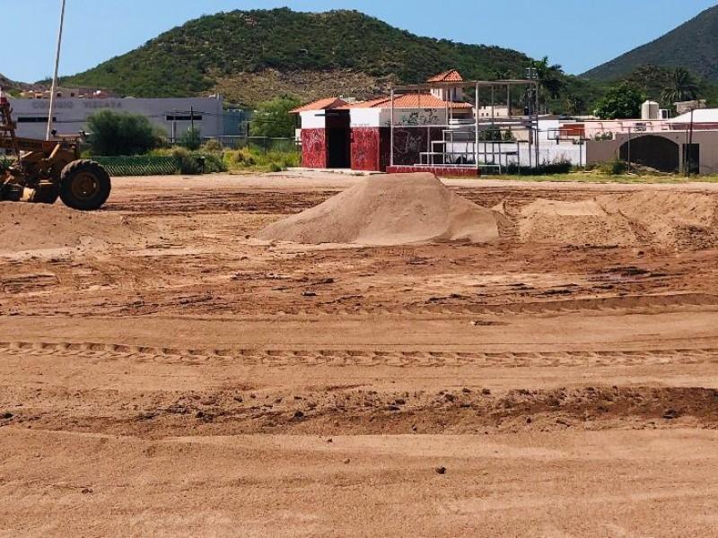 Reactivan campos deportivos en el Puerto