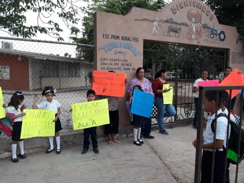 Reactivan clases en primaria Tierra y Libertad