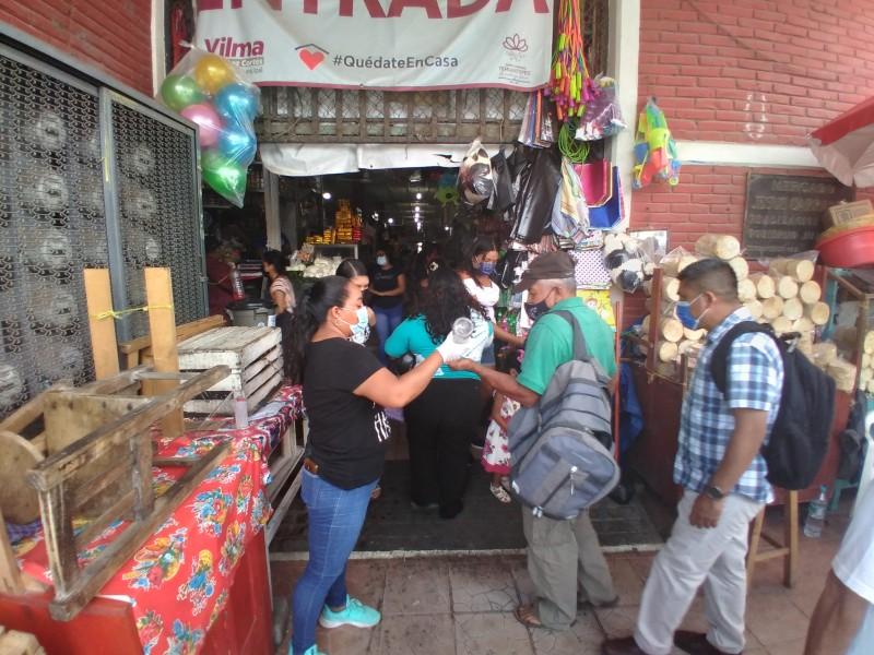 Reactivan filtros sanitarios en mercado Jesús Carranza de Tehuantepec