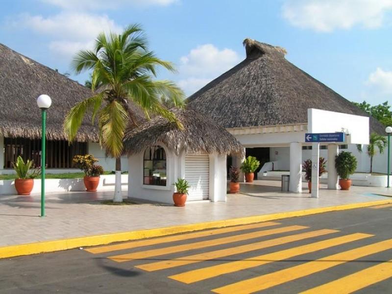 Reactivan vuelos nacionales en el aeropuerto de Huatulco