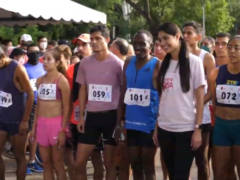 """Realiza Ayuntamiento de Tepic """"Carrera Rosa"""""""
