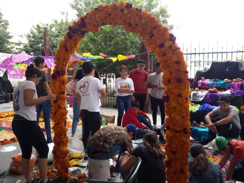 Realiza CRAM tradicional concurso de altares de muertos