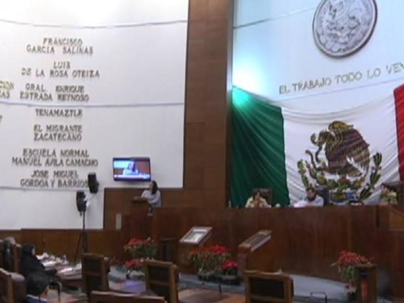 Realiza legislatura exhortos a Tello, Senado y Ayuntamientos