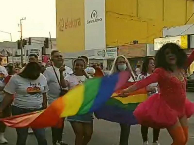 Realiza marcha del orgullo LGBT en Guaymas