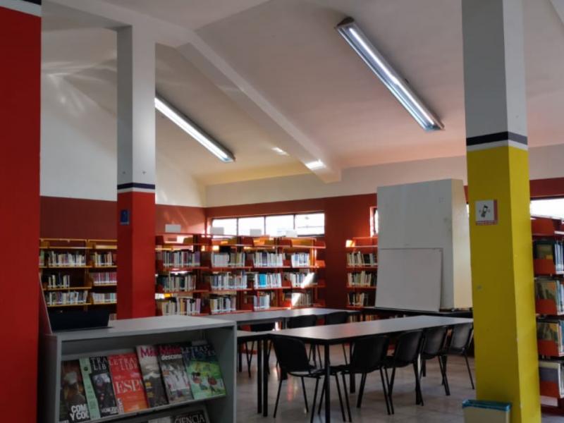 Realizan arreglos al interior de biblioteca pública