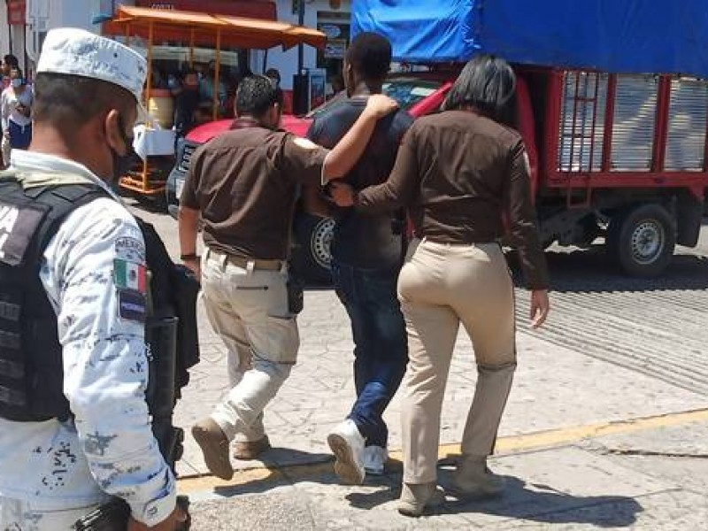 Realizan autoridades, operativos contra migrantes en Tapachula