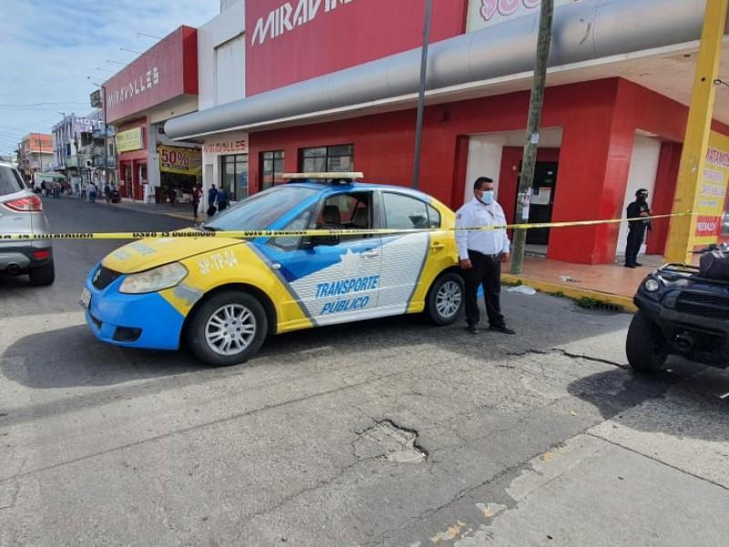 Realizan cierres viales en zona centro del Puerto de Veracruz