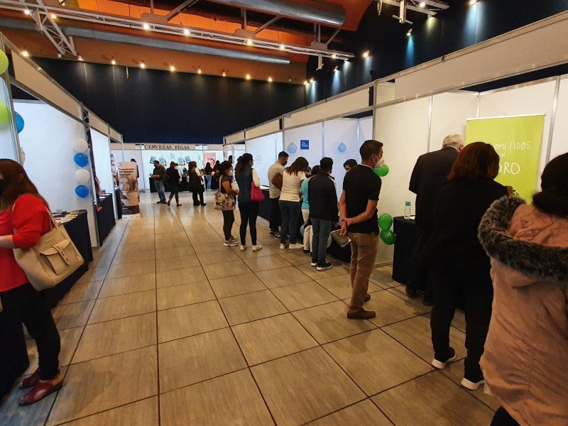 Realizan Feria del Empleo en el Centro de Convenciones Puebla