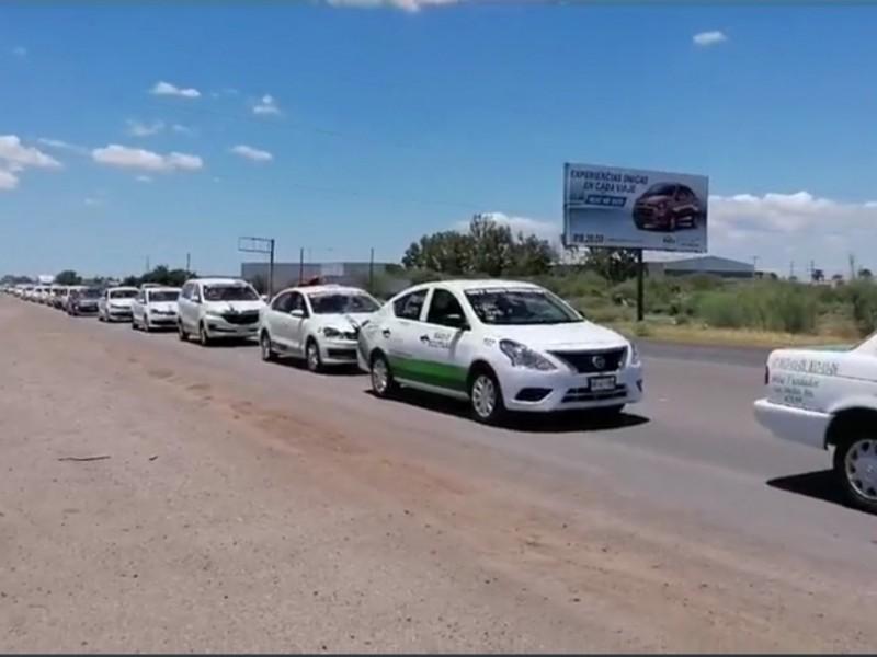 Realizan manifestación masiva contra altos costos de combustibles en LM