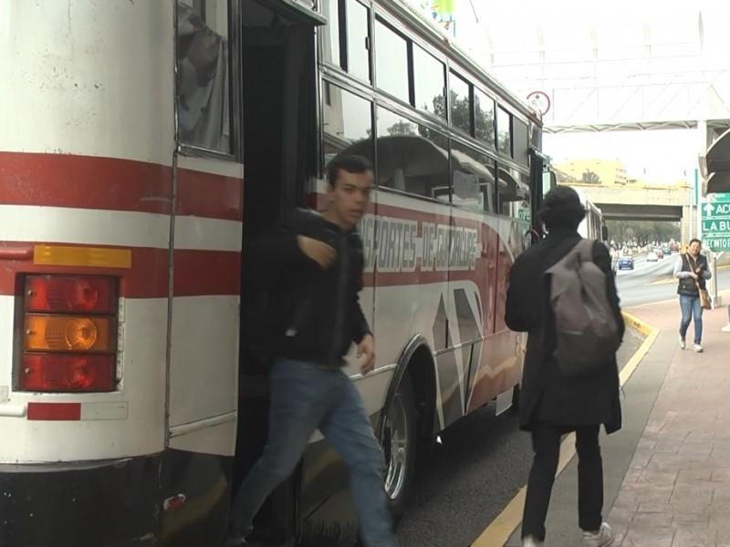 Realizan medidas preventivas en transporte público