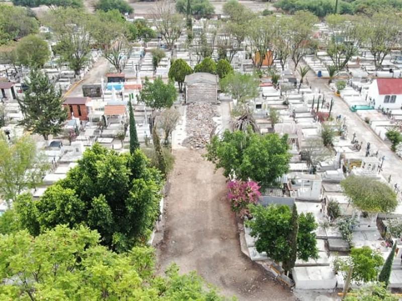 Realizan mejoramiento urbano en panteón municipal de Pedro Escobedo