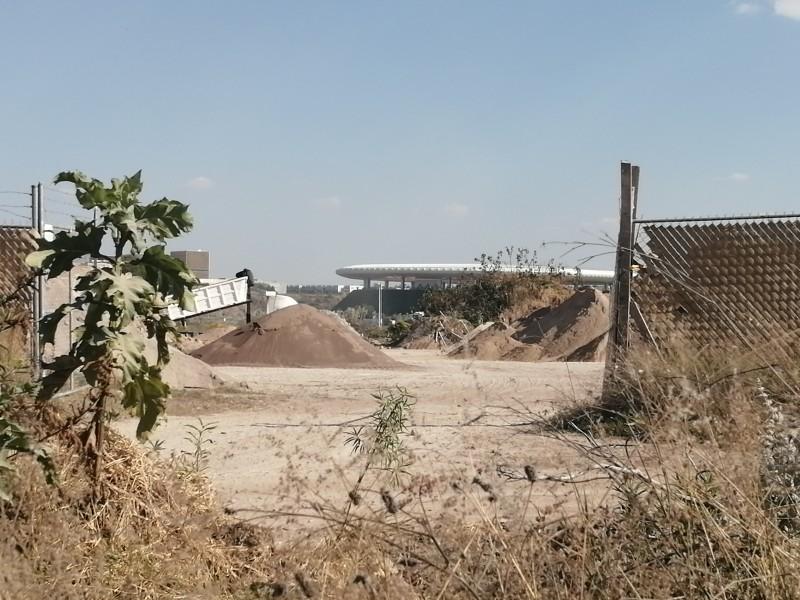 Realizan movimiento de tierras en El Bajío, contra protección ambiental