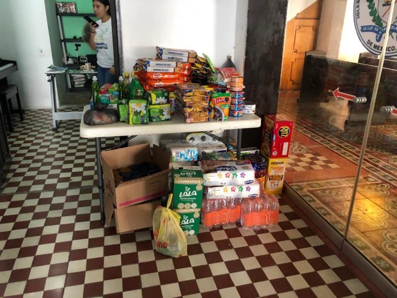 Realizan recaudación de víveres para damnificados de Tabasco
