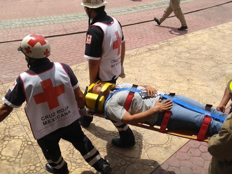 Realizan simulacro en el Ayuntamiento de Tuxpan