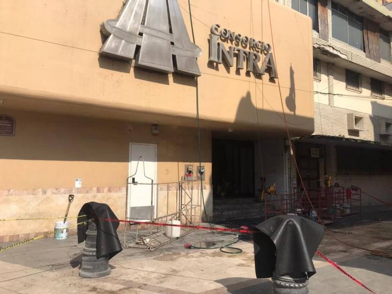 Realizan trabajos de rehabilitación en edificio incendiado
