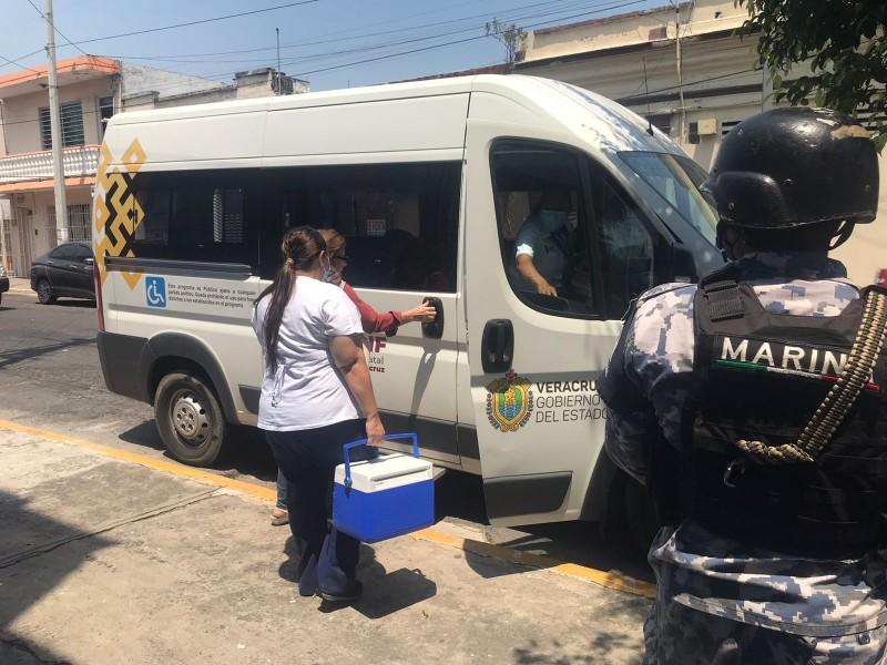 Realizan vacunación a domicilio en Veracruz