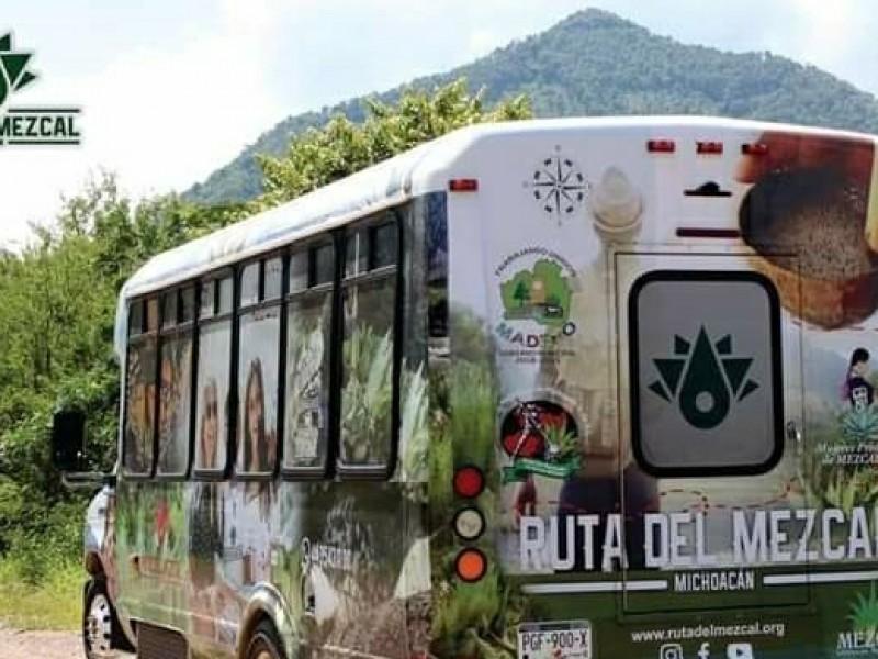 Reanudan ruta del Mezcal en Michoacán