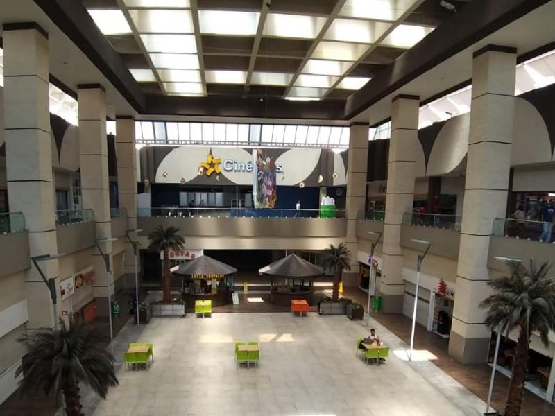 Reapertura en fin de semana da respiro a Centros Comerciales