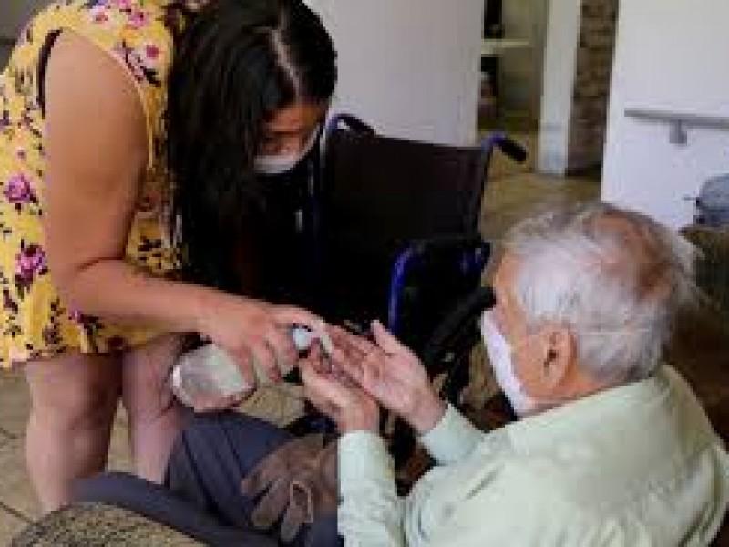 Rechaza Gobierno de Jalisco eliminar la restricción para adultos mayores