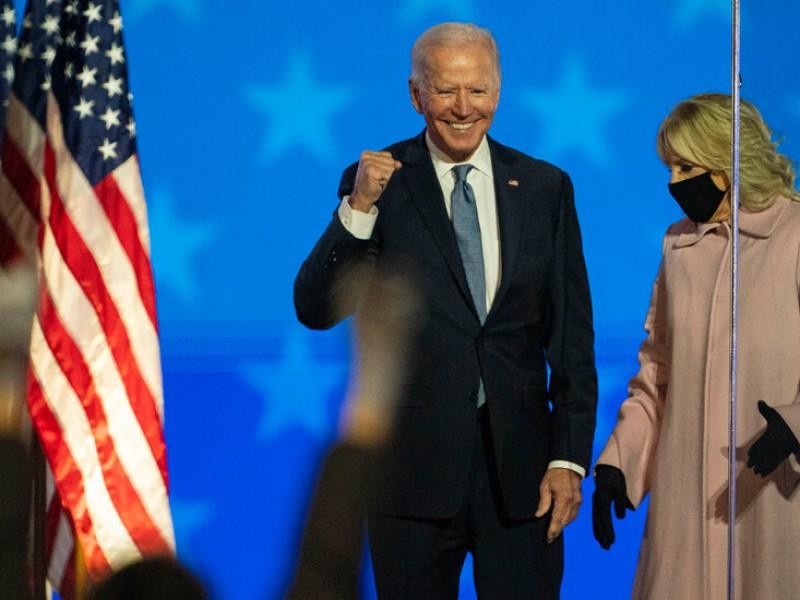Rechaza juez nuevo intento de revocar victoria de Biden
