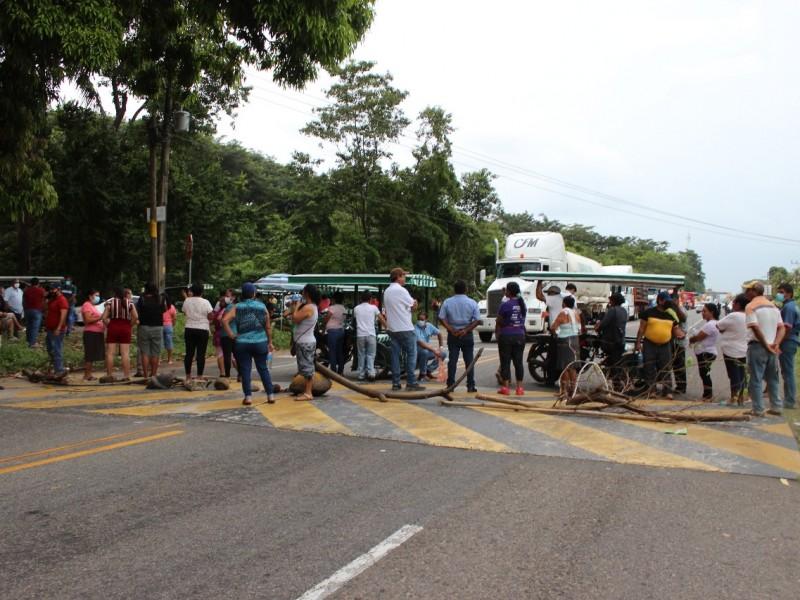 Rechazan ciudadanos albergues para migrantes en Frontera Hidalgo