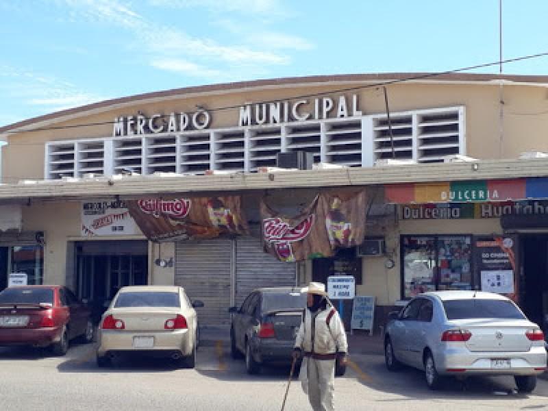 Rechazan el cierre del Mercado Municipal en Huatabampo por remodelación