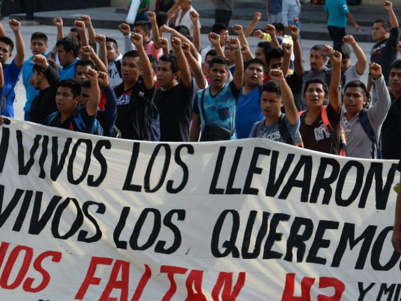 Rechazan verdad histórica de caso Ayotzinapa